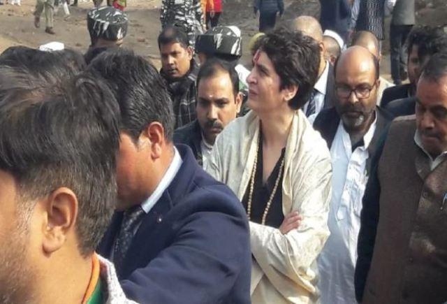 सीएए के विरोध में जेल जाने वालों के साथ खड़ी है कांग्रेस, विधिक सहायता के लिए पार्टी बनायेगी लीगल सेल : प्रियंका गांधी