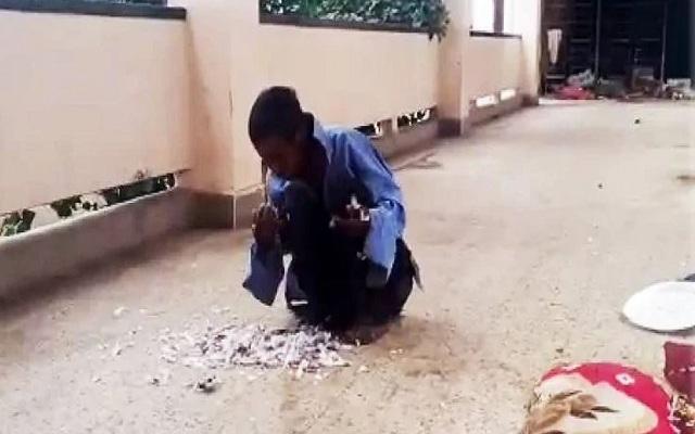 रांची: मानसिक रूप से विक्षिप्त इस लावारिस मरीज को नहीं मिला खाना तो खा गई जिंदा कबूतर