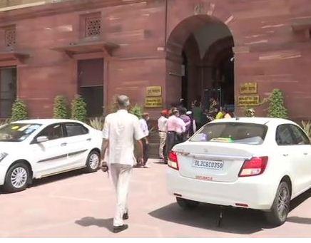 लद्दाख पर दिल्ली में सर्वदलीय बैठक, अलग राज्य का मुद्दा उठ सकता है