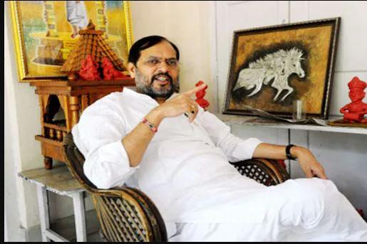 बीजेपी विधायक ने नीतीश सरकार को खड़ा किया कटघरे में , मंत्रियों के घर पर हो छापेमारी तो लाखों रुपए होंगे बरामद