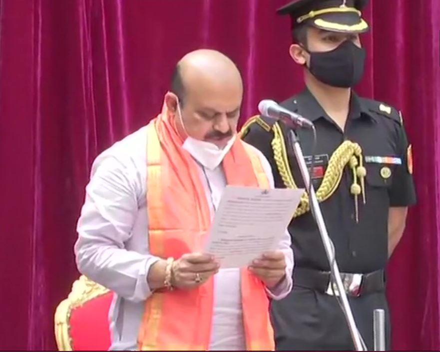 Karnataka CM Oath : कर्नाटक के नए मुख्यमंत्री बने बसवराज बोम्मई, जल्द होगा मंत्रिमंडल विस्तार