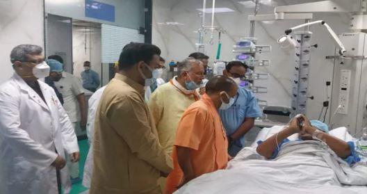 यूपी के पूर्व CM कल्याण सिंह की तबीयत फिर बिगड़ी,CM योगी ने अस्पताल पहुंचकर की मुलाकात