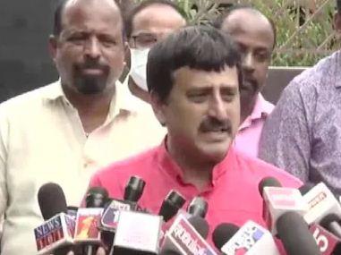 कर्नाटक: CM येदियुरप्पा के खिलाफ बढ़ा असंतोष, मंत्री ने कहा- हमारे पास CM बनने वालों की कमी नहीं