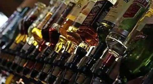 दिल्ली में अब सुबह 3 बजे तक मिलेगी शराब, दुकान में मिलेगी 'वाक-इन' सुविधा