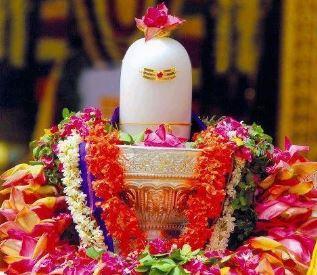 सावन में शिव शम्भू की मिलेगी कृपा, शहद और गंगाजल के इस प्रयोग से हो सकते हैं मालामाल