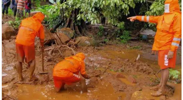 महाराष्ट्र : Satara landslide 6 लोगों की मौत और आठ लापता, NDRF की टीम रेस्क्यू में जुटी