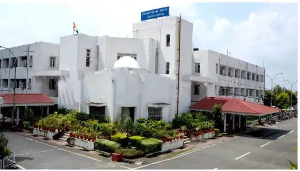 उत्तराखंड: एनडी तिवारी को छोड़ कोई भी मुख्यमंत्री नहीं पूरा कर पाया अपना कार्यकाल, प्रचंड बहुमत के बाद छोड़नी पड़ी कुर्सी