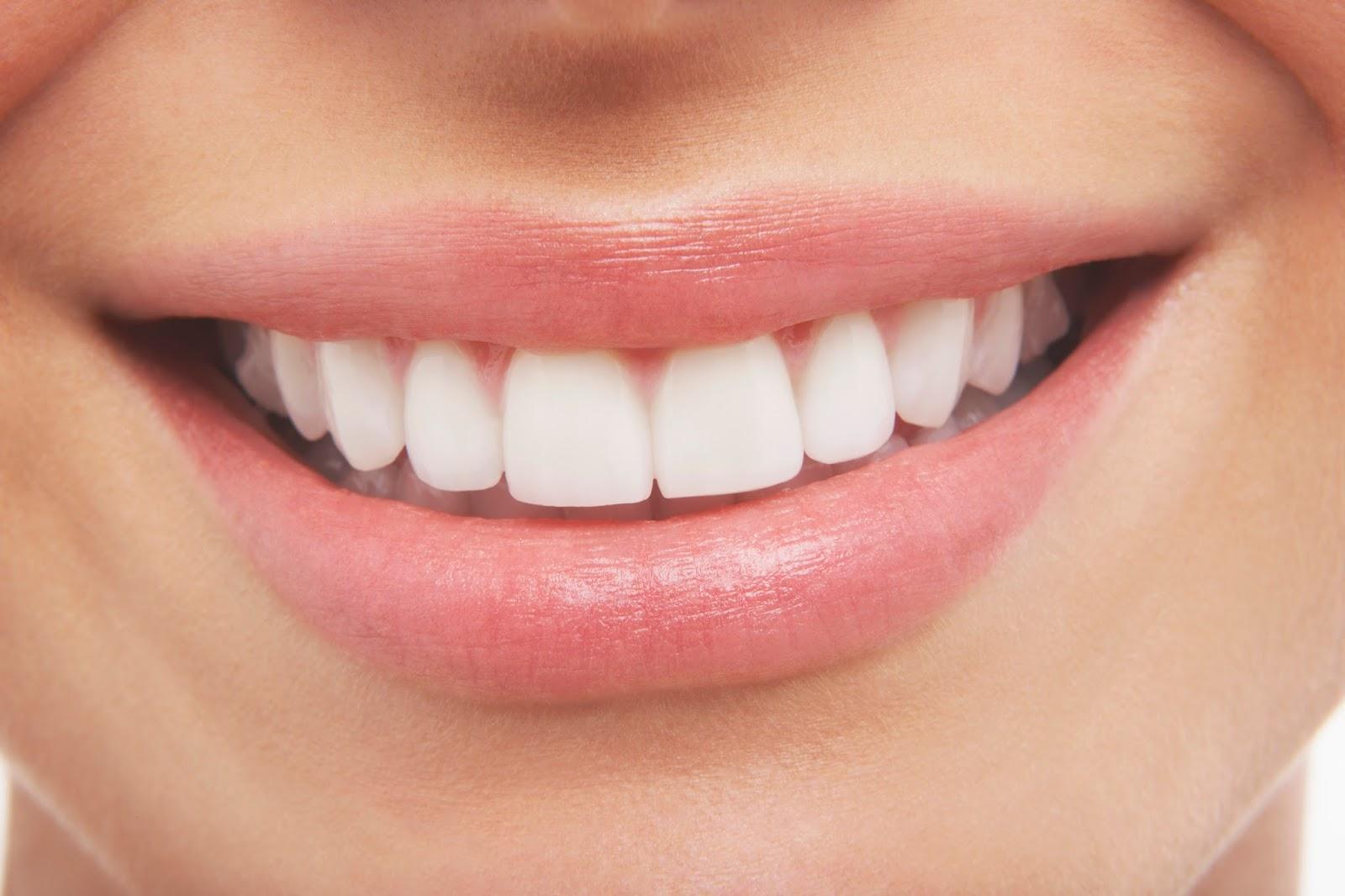दांतों का स्वास्थ्य: ब्रश करने की पांच सामान्य गलतियाँ जो लोग करते हैं