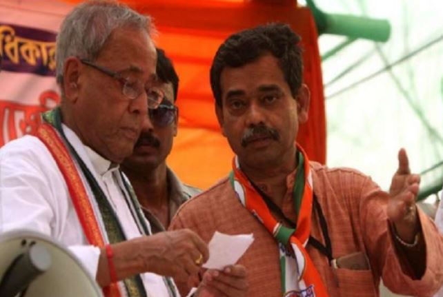 पूर्व राष्ट्रपति प्रणव मुखर्जी के बेटे तृणमूल कांग्रेस में हो सकते हैं शामिल, अटकलों का दौर शुरू