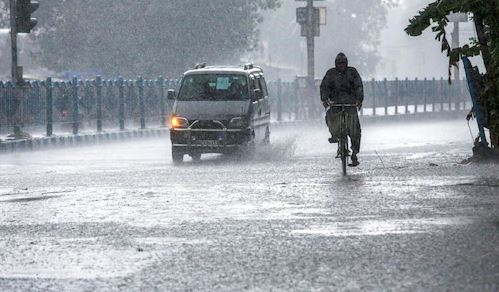 भीषण गर्मी से मिलेगी राहत, यूपी, उत्तराखंड, दिल्ली समेत कई राज्यों में हो सकती है भारी बारिश