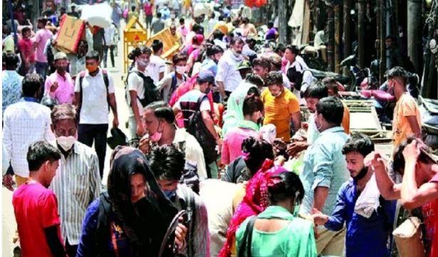 कोविड नियमों की अनदेखी पर दिल्ली के गफ्फार और नाईवाला बाजार दो दिन के लिए बंद