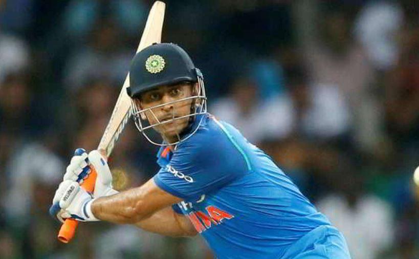 महेंद्र सिंह धोनी के लिए कोई भी खा सकता है गोली,भारतीय टीम के क्रिकेटर ने कही बड़ी बात