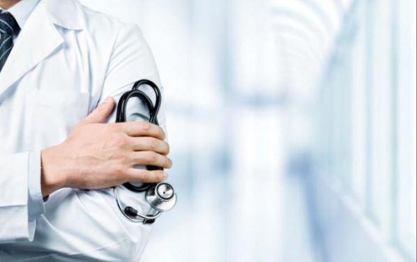 डाक्टर्स डे: परांठा खाने दुकान पर गये एम्स के डाक्टर्स ने की दुकानदार संग मारपीट