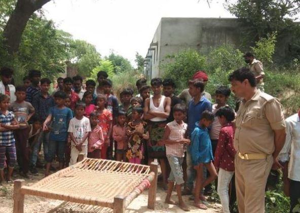 कानपुर: 12 साल की बच्ची का बलात्कार कर जिंदा जलाया, घर से 200 मीटर दूरी पर मिली लाश