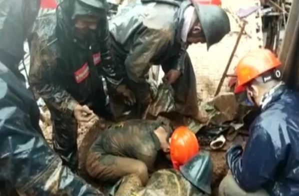 महाराष्ट्र में भूस्खलन से चार घर गिरे, एक महिला समेत पांच लोगों की दर्दनाक मौत