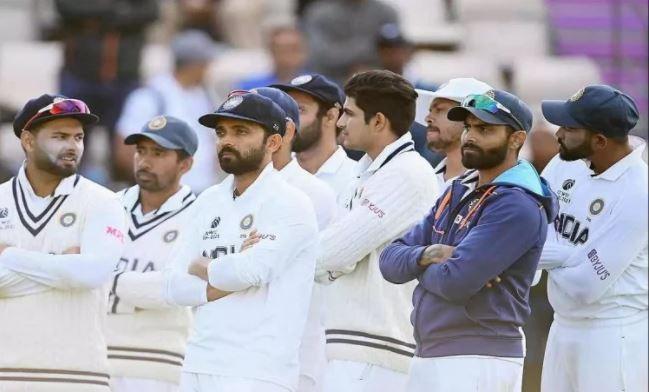 ऋषभ पंत के बाद भारतीय टीम मैनेजमेंट के कई सदस्य पाये गये कोरोना पॉजिटिव