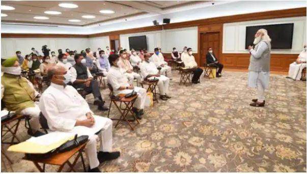 मोदी मंत्रिमंडल के पहले विस्तार में ये 43 नेता लेंगे शपथ, देखें पूरी लिस्ट
