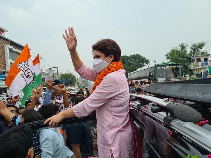 पीड़ित महिला से मिलने लखीमपुर खीरी जा रहीं हैं प्रियंका गांधी, ब्लॉक प्रमुख चुनाव के दौरान हुई थी अभद्रता
