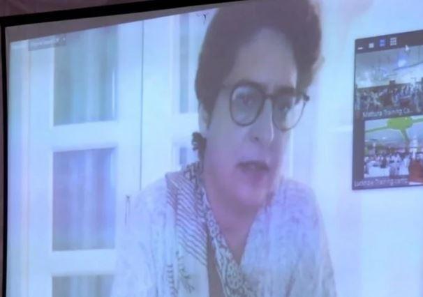 केंद्र व प्रदेश की सरकारों ने जनता को संकट में धकेलने का किया पाप : प्रियंका गांधी वाड्रा