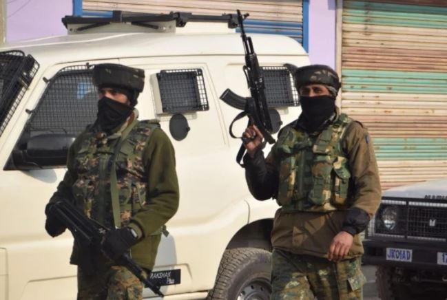 Jammu-Kashmir : पुंछ में सुरक्षाबलों ने एक आतंकी को किया ढेर, घुसपैठ की साजिश फेल