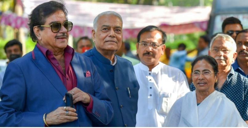 तृणमूल कांग्रेस की सदस्यता ले सकते हैं बॉलीवुड के छेनू, पार्टी भेज सकती है राज्यसभा