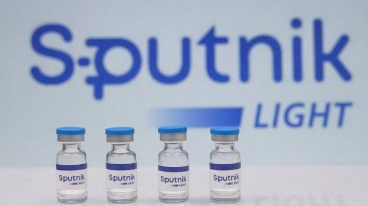 covid 19 vaccine: पैनल ने स्पुतनिक लाइट के थर्ड फेज के ट्रायल को मंजूरी देने से किया इनकार