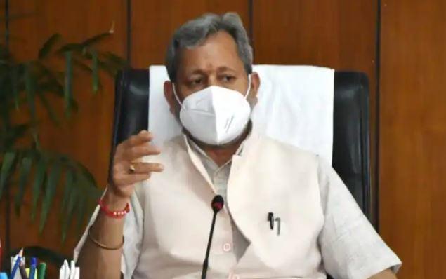 उत्तराखंड के सीएम तीरथ सिंह रावत ने की इस्तीफे की पेशकश, अब कौन बनेगा मुख्यमंत्री?