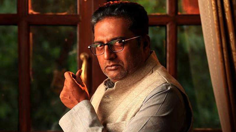BIG Braking: Prakash Raj के साथ हुआ बड़ा हादसा, ट्वीट कर बोले- थोड़ा सा गिरा… एक छोटा सा फ्रैक्चर…