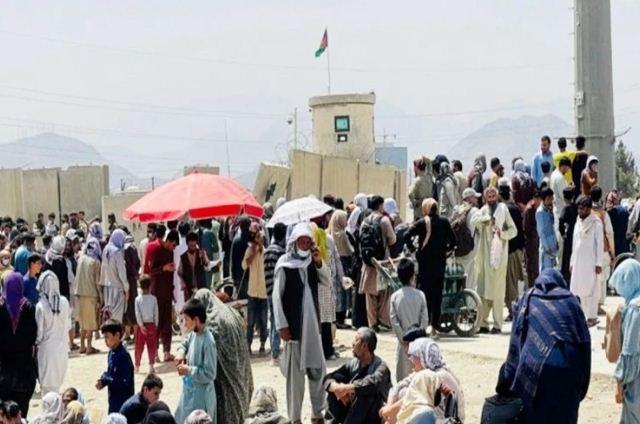 Afghanistan: तालिबान का आतंक जारी, अब अफगानिस्तान के नागरिकों को देश छोड़ने पर लगाई रोक