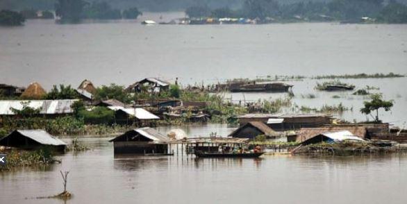Assam floods: असम में बाढ़ से बिगड़े हालात, जनजीवन बुरी तरह प्रभावित