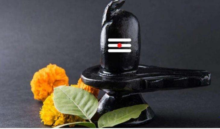 सावन 2021: भोलेनाथ को सावन में ऐसे चढ़ाएं बेलपत्र, बरसेगी महादेव की कृपा