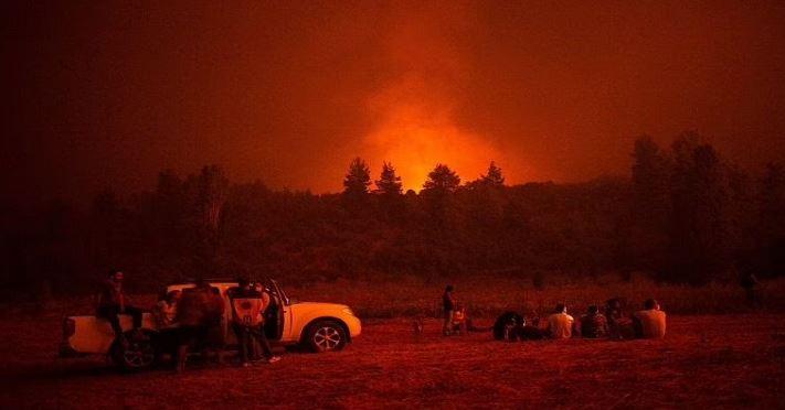Greece : ग्रीस में 586 जगहों पर लगी आग, राहत कार्य में हो रही है परेशानी