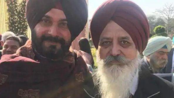 Punjab Congress: विवादित बयानों के बाद घिरे नवजोत सिंह सिद्धू के सलाहकार ने दिया इस्तीफा, कहा-मेरी जान को है खतरा