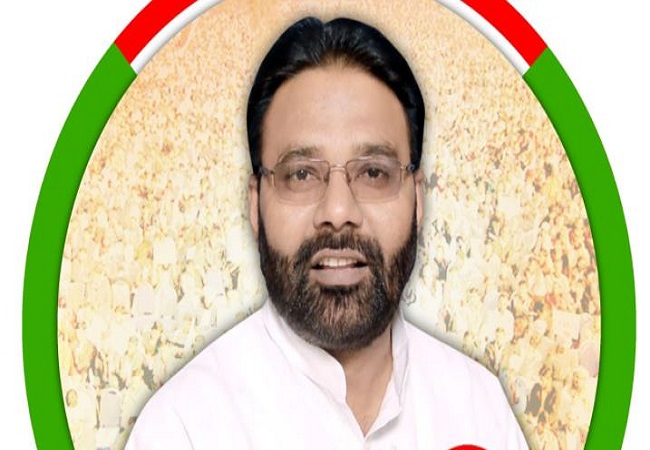 Manoj Kumar Paras jeevan parichay : मनोज कुमार पारस चाचा से प्रभावित हो राजनीति के मैदान में कूदे और गाड़ा झंडा