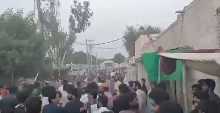Pakistan: SC ने इमरान सरकार को लगाई 'फटकार', कहा- मंदिर हमले में आरोपियों को तुरंत करें गिरफ्तार