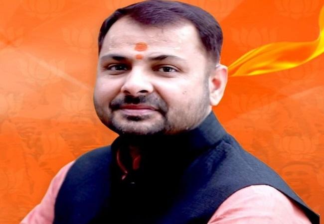 Prakash Chandra Dwivedi jeevan parichay : प्रकाश चंद्र द्विवेदी ने बांदा सदर सीट पर पहली बार खिलाया 'कमल'
