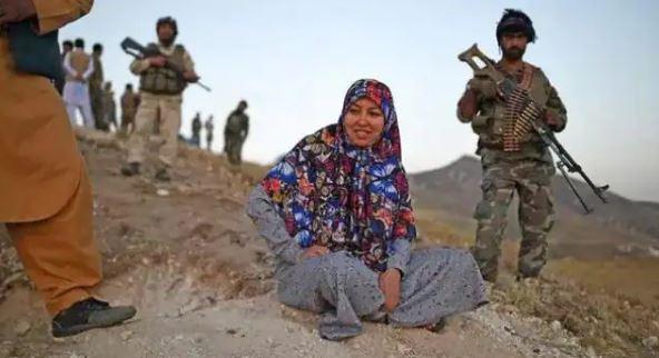 Afghanistan News: तालिबान ने सलीमा मजारी को पकड़ा, पहली महिला गवर्नर ने बनाई थी खुद की फौज