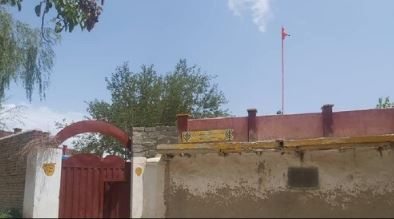 Afghanistan: तालिबान ने गुरुद्वारे में वापस लगाया निशान साहिब, भारत के दबाव में झुका तालिबान
