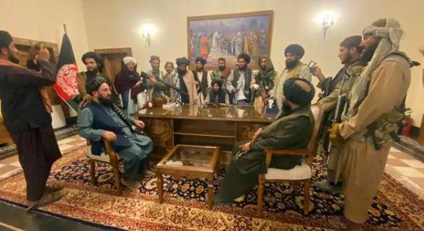 Afghanistan-Taliban War: आखिर 22 दिनों में तालिबान ने कैसे किया अफगानिस्तान पर कब्जा? जानिए…