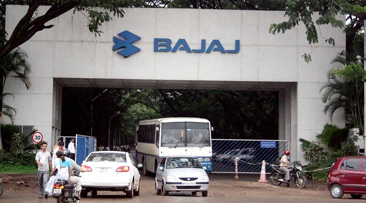 जुलाई में 44% बढ़ी बजाज ऑटो की बिक्री (Bajaj-auto)