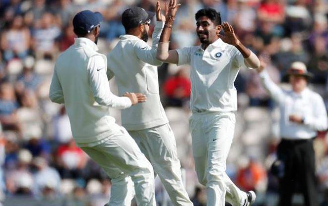 IND Vs ENG: इस वजह से भारतीय फैन्स की नजरों में विलेन बना यह तेज गेंदबाज, किया ऐसा काम कि हर किसी को हो रही हैरानी