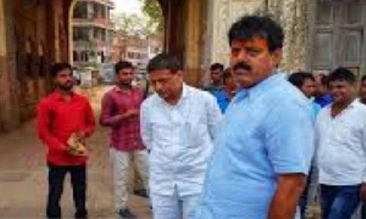 रीता बहुगुणा जोशी का घर जलाने वाले जितेंद्र सिंह बबलू भाजपा से हुए निष्कासित, जमकर हुआ था विरोध