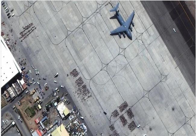 Kabul Airport पर कभी भी हो सकता है Terrorist Attack, US-ब्रिटेन-ऑस्ट्रेलिया ने जारी की चेतावनी