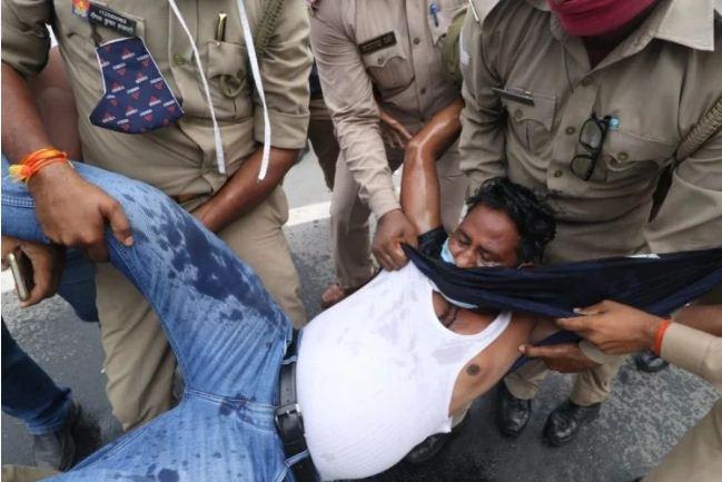 Braking: विधानसभा के सामने युवक ने किया आत्मदाह का प्रयास, खाद्य एवं रशद विभाग के अफसरों पर लगाया गंभीर आरोप