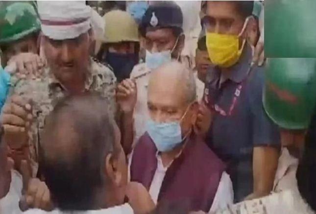 मध्यप्रदेश: बाढ़ से प्रभावित श्योपुर जिले के डीएम हटाए गए, एक दिन पहले केंद्रीय कृषि मंत्री का हुआ था विरोध