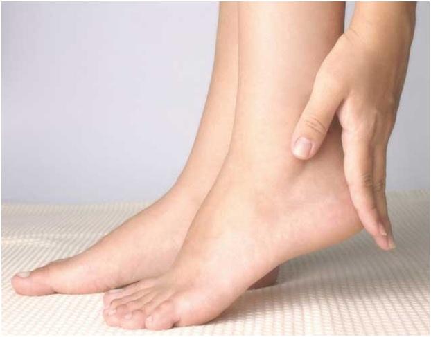 प्लांटार फैसीसाइटिस: सरल व्यायाम जो पैरों के दर्द को दूर करने में मदद कर सकते हैं
