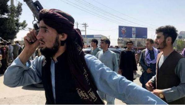 Breaking: तालिबान ने फिर दिखाया अपना असली रंग स्वतंत्रता दिवस पर रैली के दौरान बरसाईं गोलियां, कई लोगो की मौत