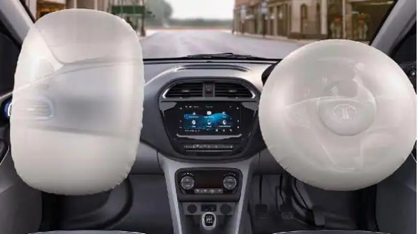 Tata की इस सबसे सस्ती कार पर मिल रहा है बंपर डिस्काउंट, देती है 23 का माइलेज