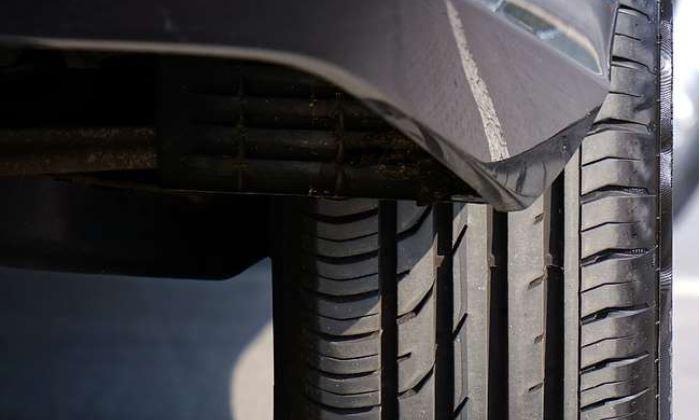 Tips: कार के टायर रहेंगे सालों तक फिट बस फॉलो करें ये आसान से टिप्स