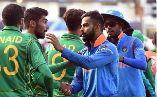 T20 विश्व कप में पाकिस्तान के इस बल्लेबाज और भारत के गेंदबाज के बीच होगा कांटे का मुकाबला